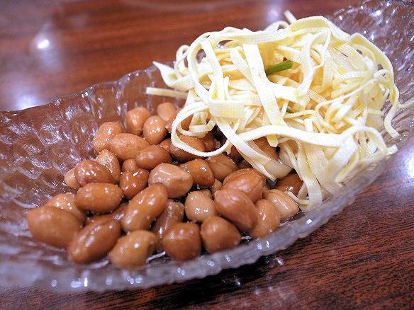 ピーナッツと干絲豆腐.JPG