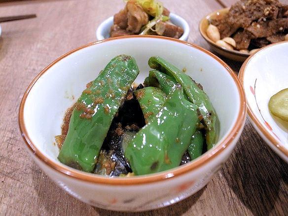 ピータンと焼きピーマンの黒酢和え.JPG