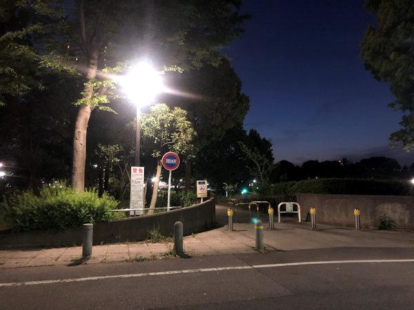 夜の浮間公園.JPG