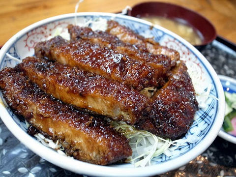 キャベツソースカツ丼.JPG