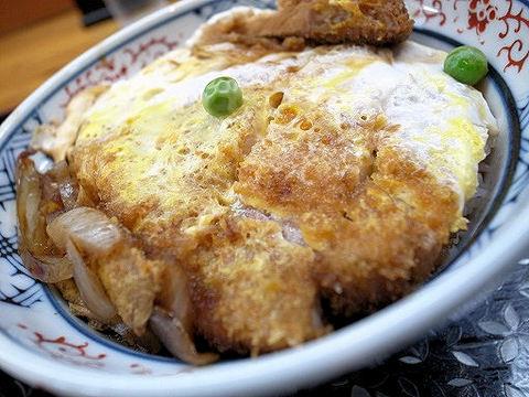 元祖煮込ソースカツ丼のアップ.JPG