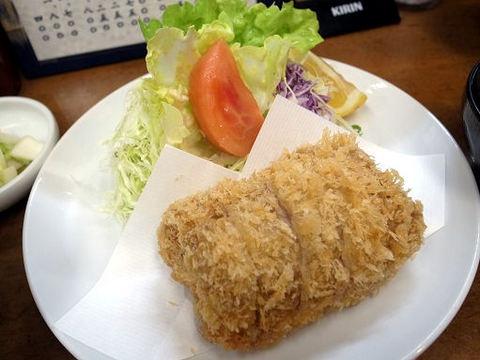 特ヒレかつのアップ.JPG