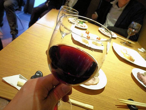 グラシアで赤ワイン.JPG