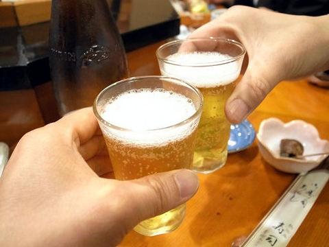常寿司で乾杯.JPG