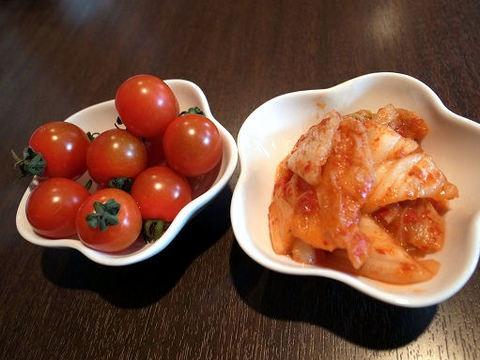 プチトマトとキムチ.JPG