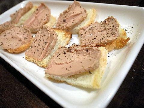 知床鶏の白レバーペースト.JPG