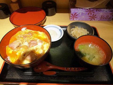 親子丼の全容.JPG