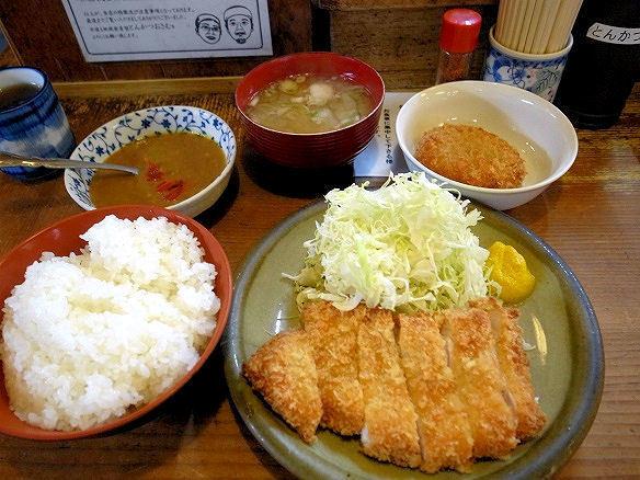 ロースカツ定食.JPG