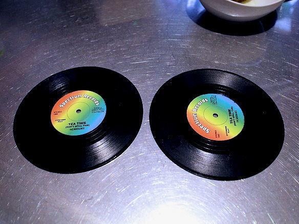 レコード型のコースター.JPG