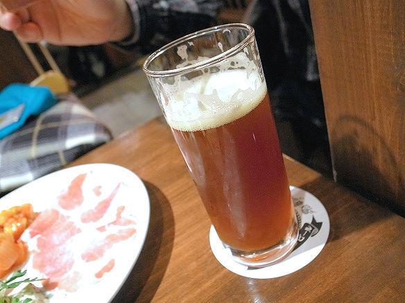 ベアードブルーイング アイボリーボーイブラウンビール.jpg