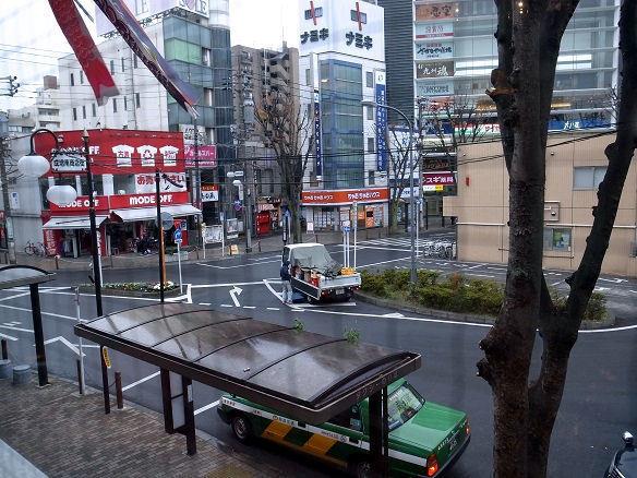 成増駅前のロータリー.JPG