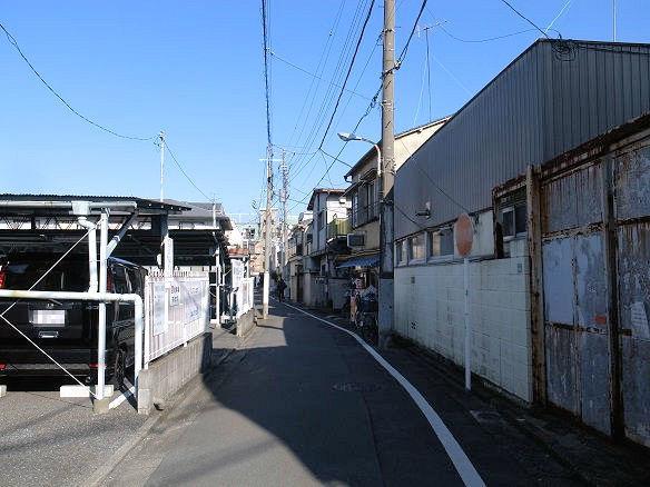 みのやのある裏路地.jpg