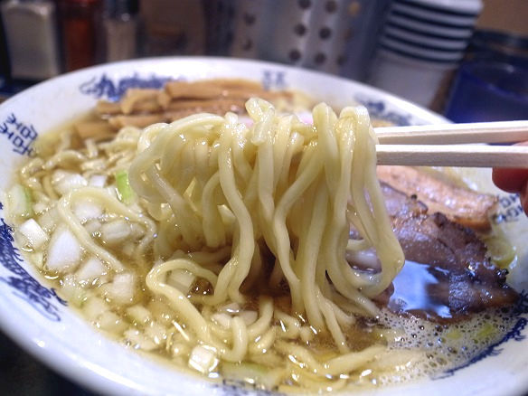 煮干しそばの麺.jpg