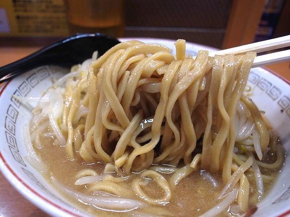 ラーメン豚山の麺.JPG