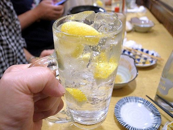 金宮のレモンサワー.JPG