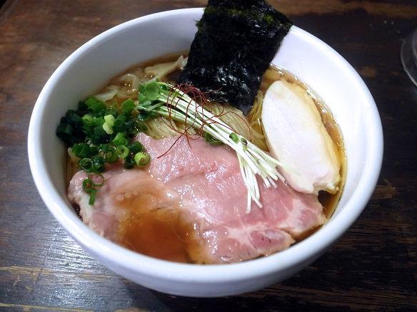 鶏清湯醤油ラーメン.JPG