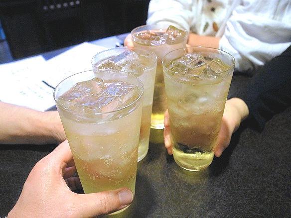 明煌華で乾杯.JPG