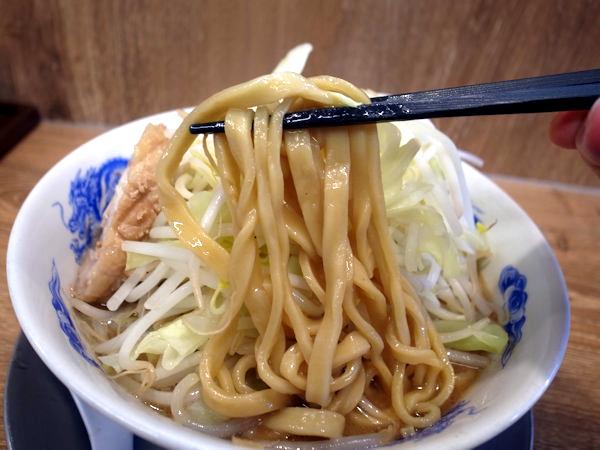 ジャンクガレッジの麺.JPG