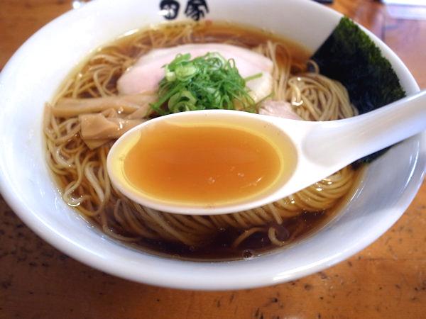 中華そばのスープ.JPG