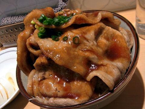 フラヌールの生姜焼き丼.JPG