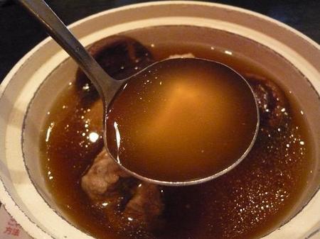肉骨茶のスープ .jpg